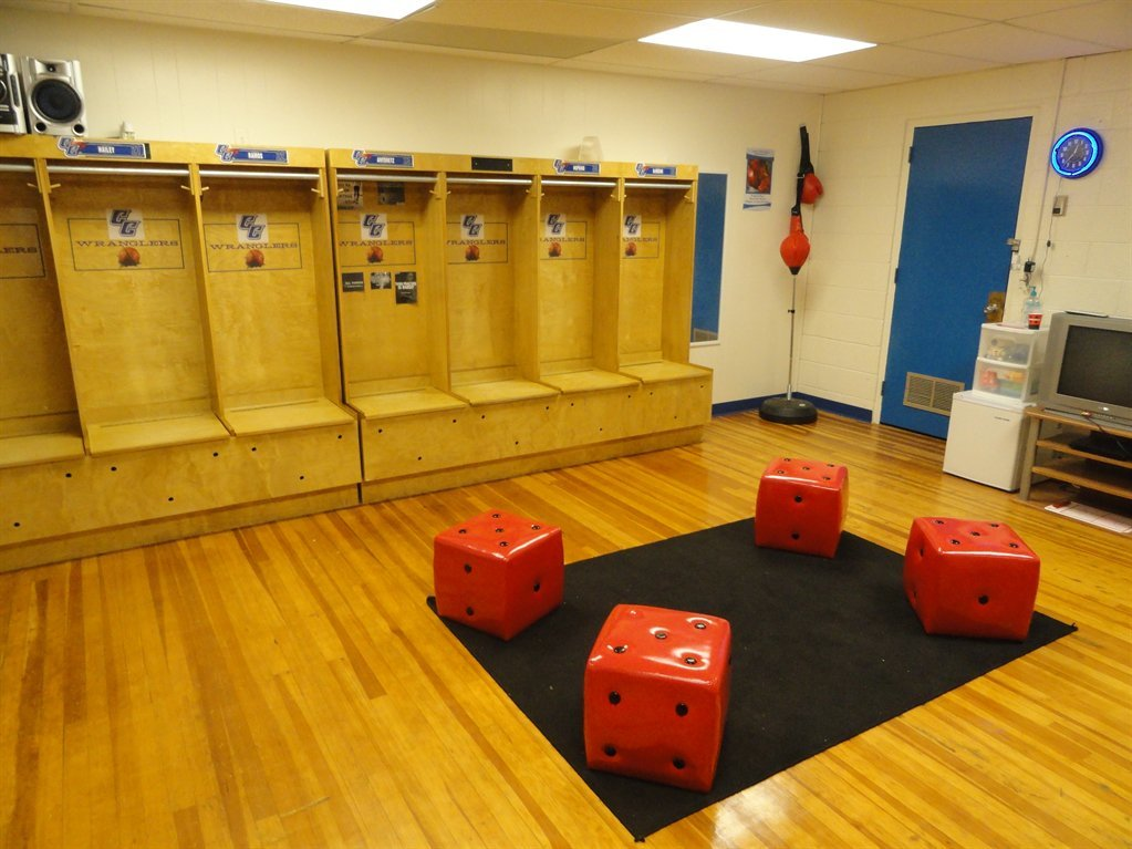 Basketball-Locker-Room-2.JPG#asset:1895